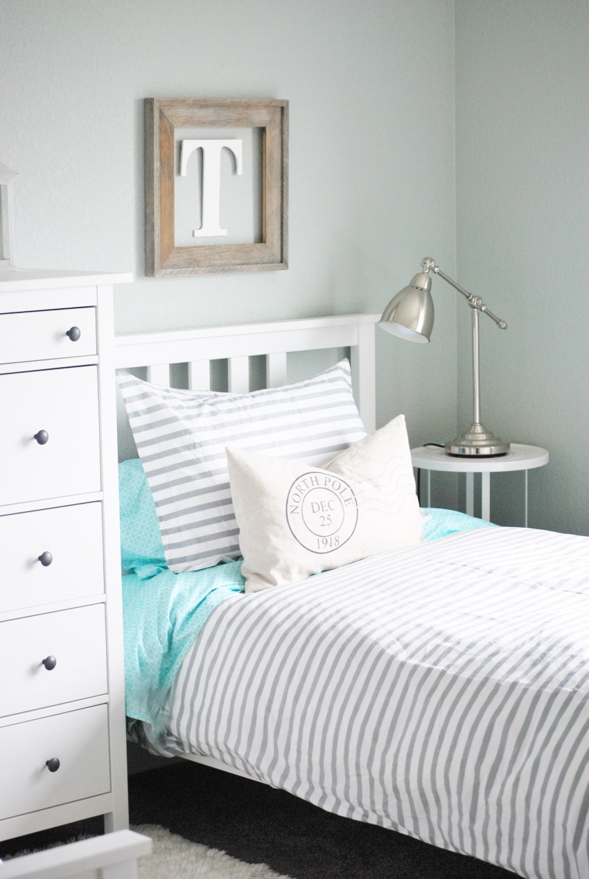 Shared Bedroom Shared Bedroom Paint The World White By Brynne
